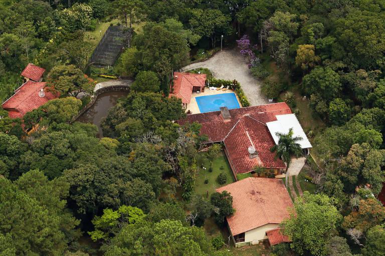 Vista aérea do sítio frequentado pelo ex-presidente Luiz Inácio Lula da Silva na cidade de Atibaia, no interior de São Paulo