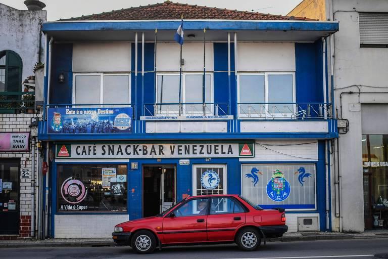 Café chamado Venezuela em Estarreja, cidade que recebeu os migrantes