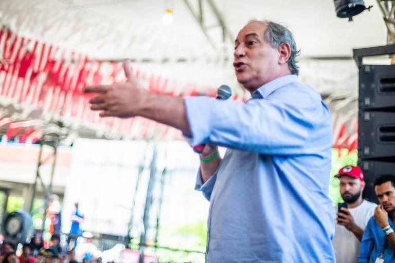 O ex-presidenciável Ciro Gomes (PDT) durante Bienal da UNE (União Nacional dos Estudantes), em Salvador
