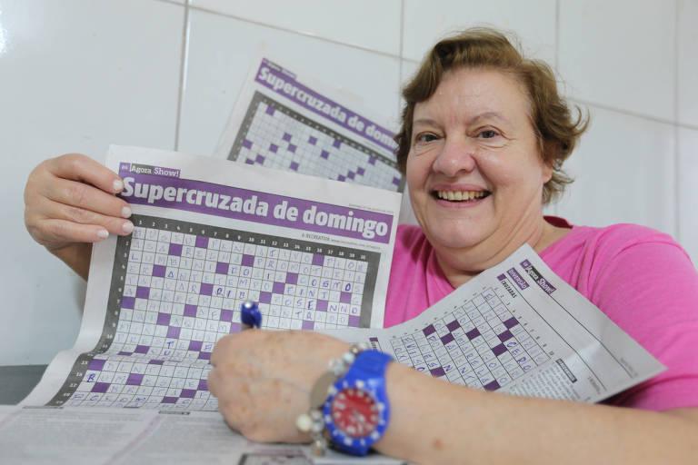 A leitora Maria Preciosa Correia Barata Garcia, 68, se diz viciada nas palavras cruzadas do jornal Agora