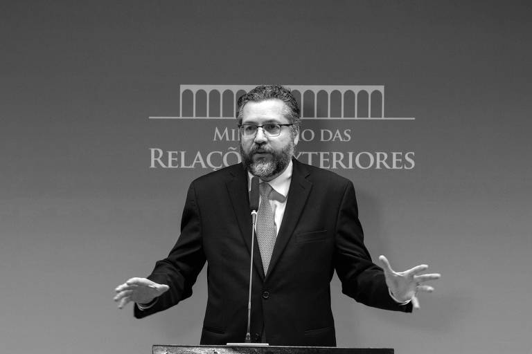 O ministro das Relações Exteriores, Ernesto Araújo, durante entrevista à imprensa no Palácio do Itamaraty, em Brasília
