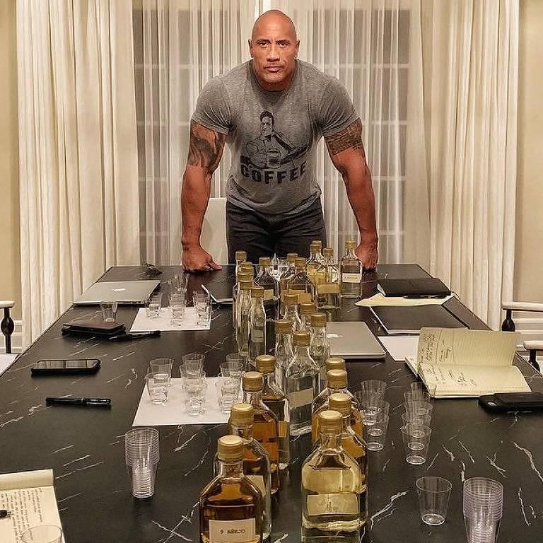 The Rock lança tequila