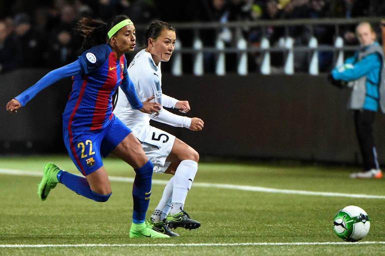 Andressa Alves em ação pelo Barcelona durante jogo da Champions League feminina de 2017