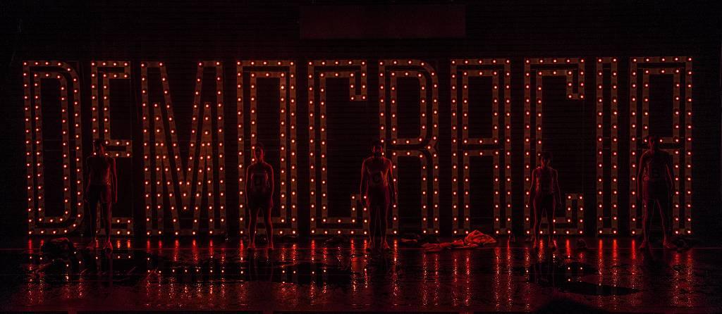 6ª MITsp - Mostra Internacional de Teatro de São Paulo. Espetáculo