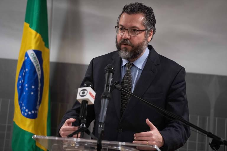 O chanceler brasileiro, Ernesto Araújo, durante entrevista em Washington