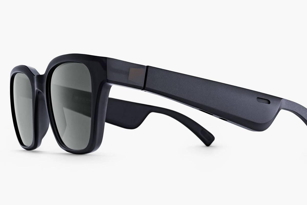 79876e8d456b6 Óculos de sol com alto-falantes são caros e não cumprem o que prometem - 12  02 2019 - Tec - Folha