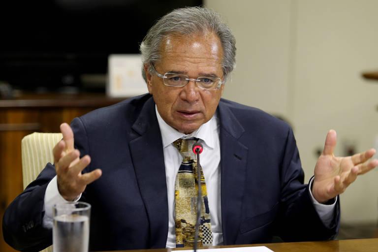 O ministro da Economia, Paulo Guedes, durante reunião com dirigentes da Frente Nacional de Prefeitos