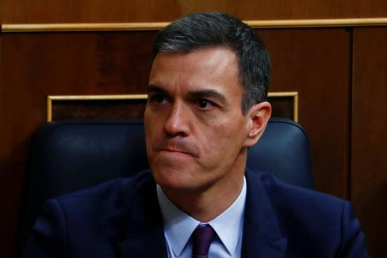 O premiê espanhol, Pedro Sánchez, durante sessão do Parlamento espanhol nesta quarta (13)