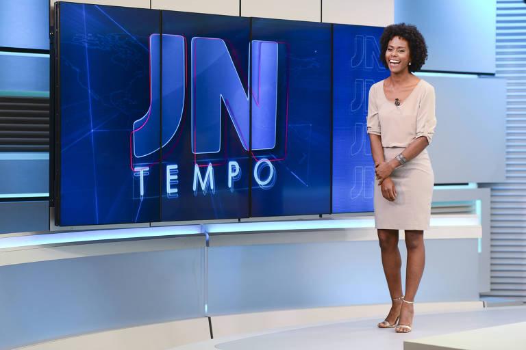 A jornalista Maria Júlia Coutinho apresenta a previsão do tempo no 'Jornal Nacional'