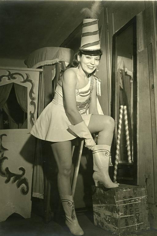 Bibi Ferreira como vedete em Portugal, nos anos 1950