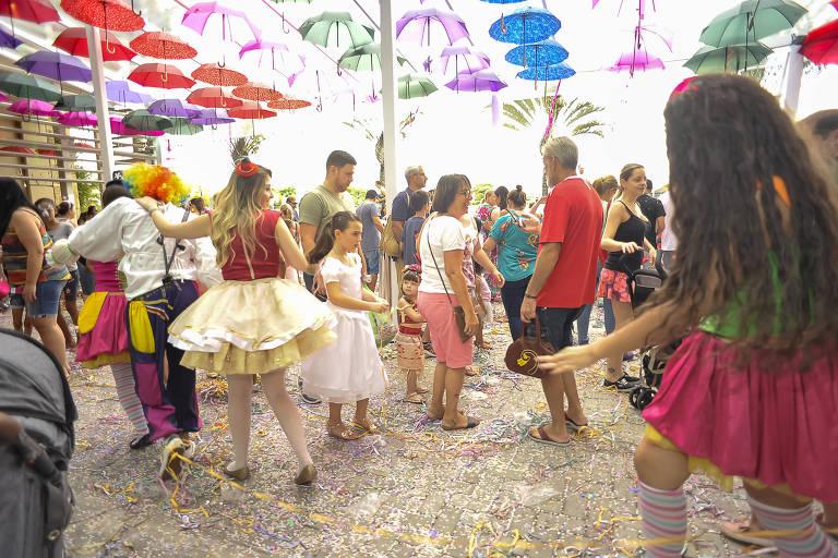 Bailinho de Carnaval ocorre pelo quarto ano seguido no Mooca Plaza Shopping