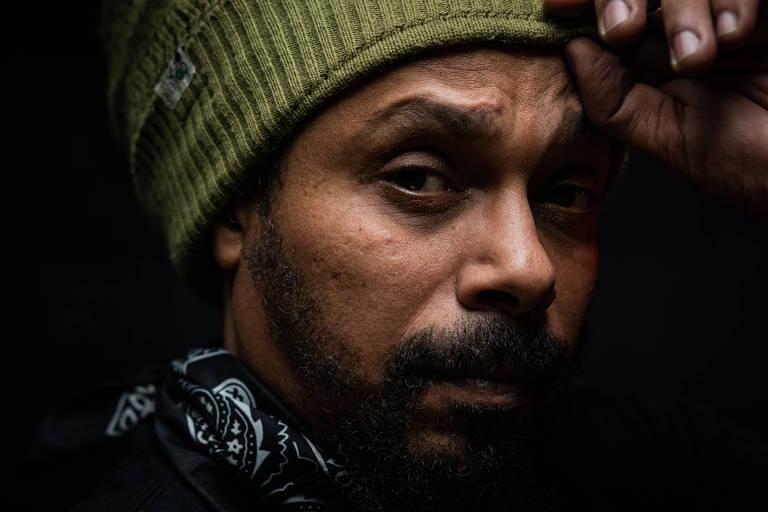 Marcelo Falcão lança álbum solo