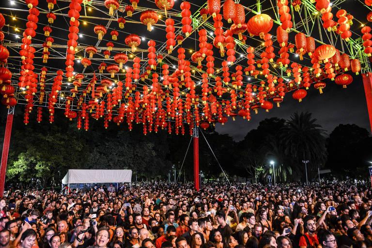 Lanternas ornamentam o festival de 2018