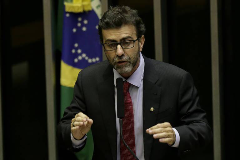 O deputado federal Marcelo Freixo (PSOL-RJ) discursa na Câmara