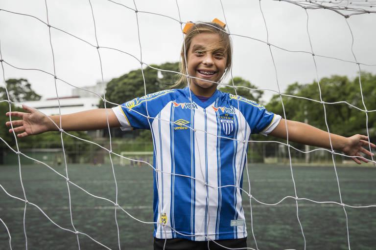 Natalia Pereira joga bola quase todos os dias da semana e agora treinará com garotos no Avaí
