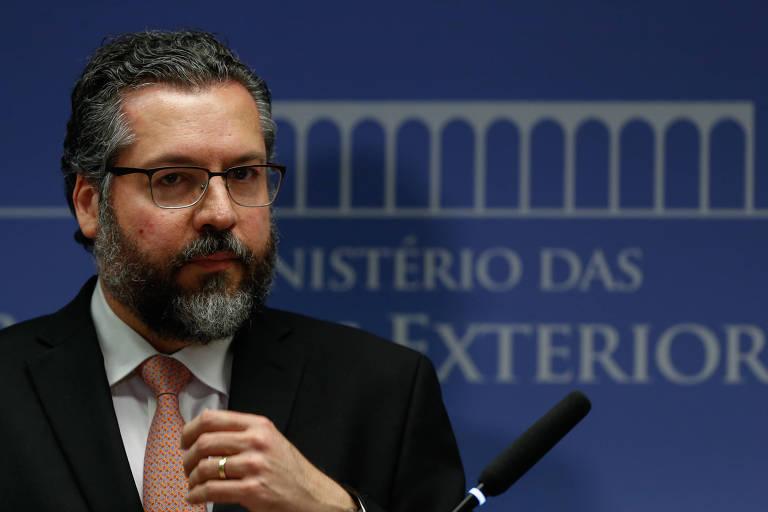 O ministro da Relações Exteriores, Ernesto Araújo, durante entrevista coletiva em Brasília