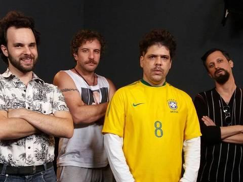 """Elenco do programa """"Choque de Cultura""""; a partir da esquerda: Raul Chequer (Maurílio), Leandro Ramos (Julinho), Caito Mainier (Rogérinho do Ingá) e Daniel Furlan (Renan) ORG XMIT: qWK9-GzvO1Dcs9AX1yZq"""