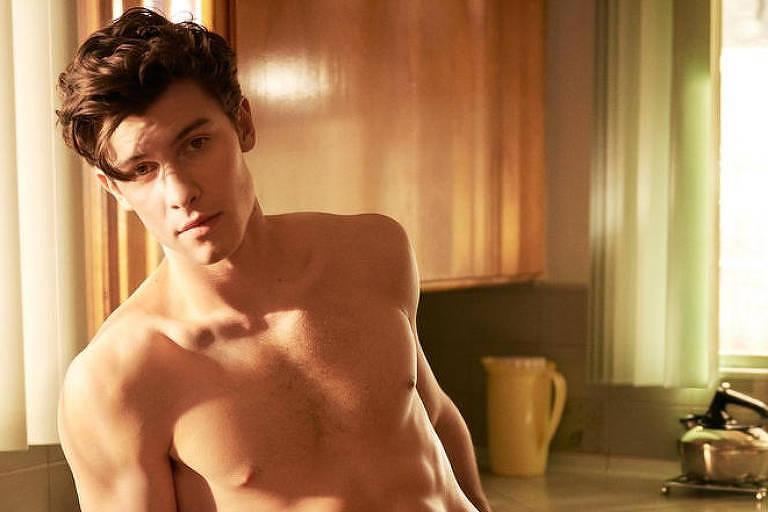 Shawn Mendes em campanha da Calvin Klein