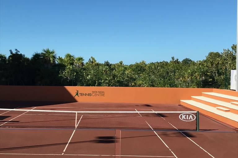Rafael Nadal inaugura academia no México