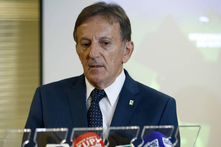 O agora ex-secretário executivo da Secretária da Presidência da República, general Floriano Peixoto