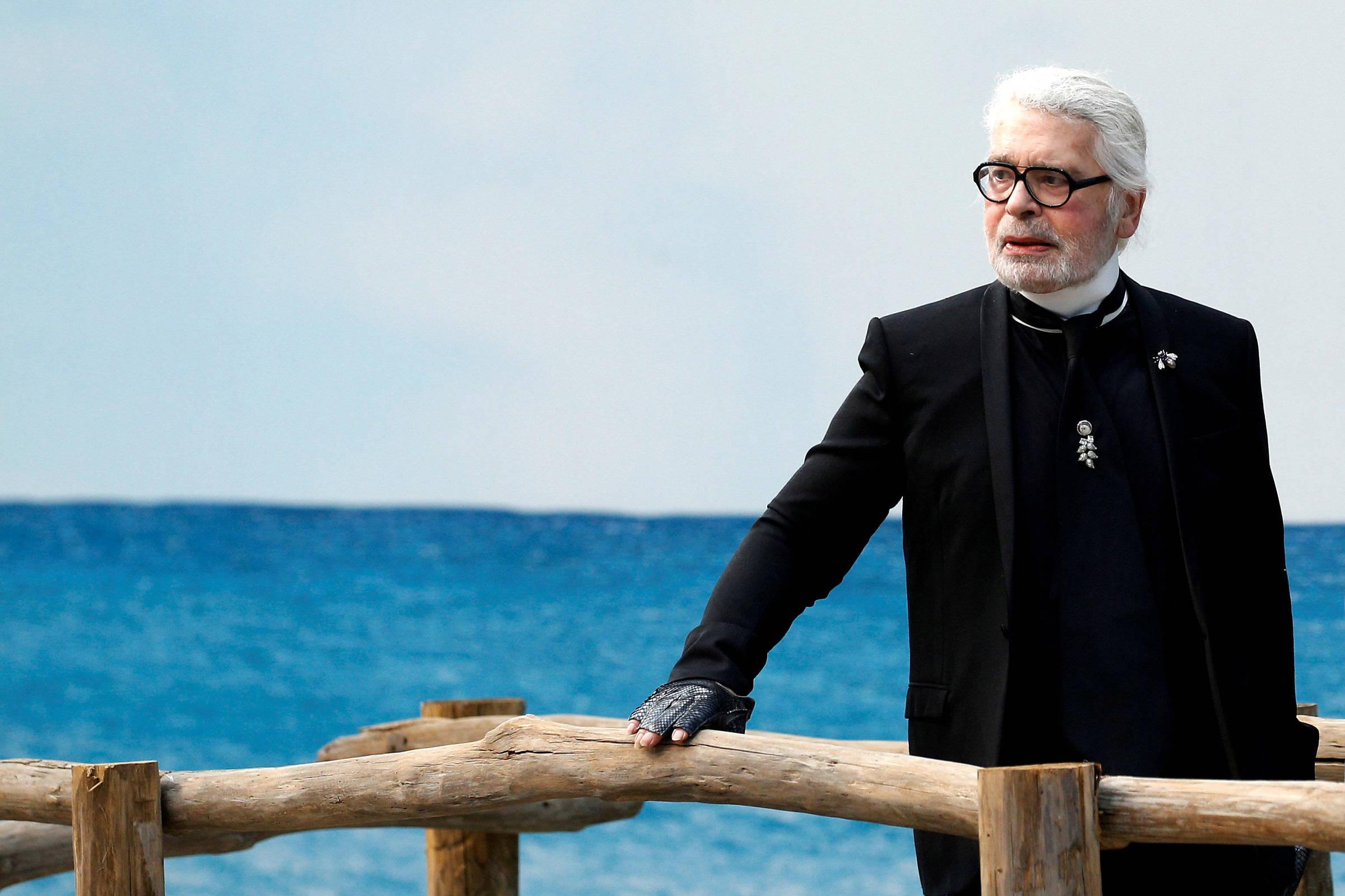 be9e083aac Morre o estilista alemão Karl Lagerfeld
