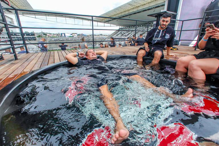 Corinthians lança camarote com piscina no Itaquerão