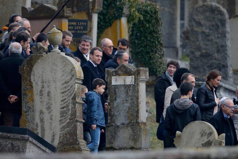 Túmulos judaicos vandalizados na França