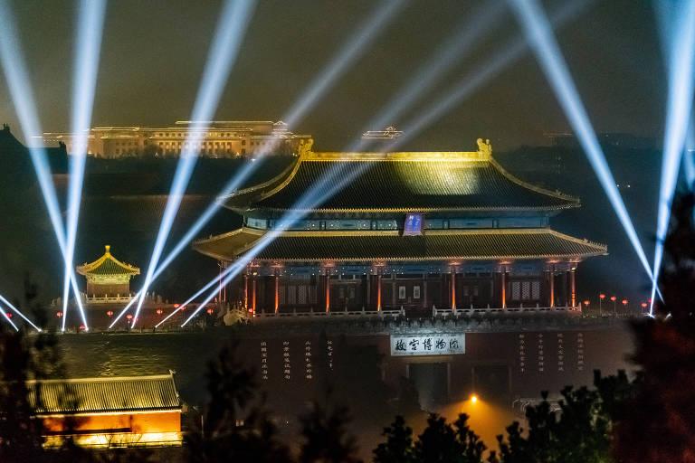 Museu do Palácio, um dos principais locais turísticos da Cidade Proibida de Pequim, durante celebração do Festival das Lanternas