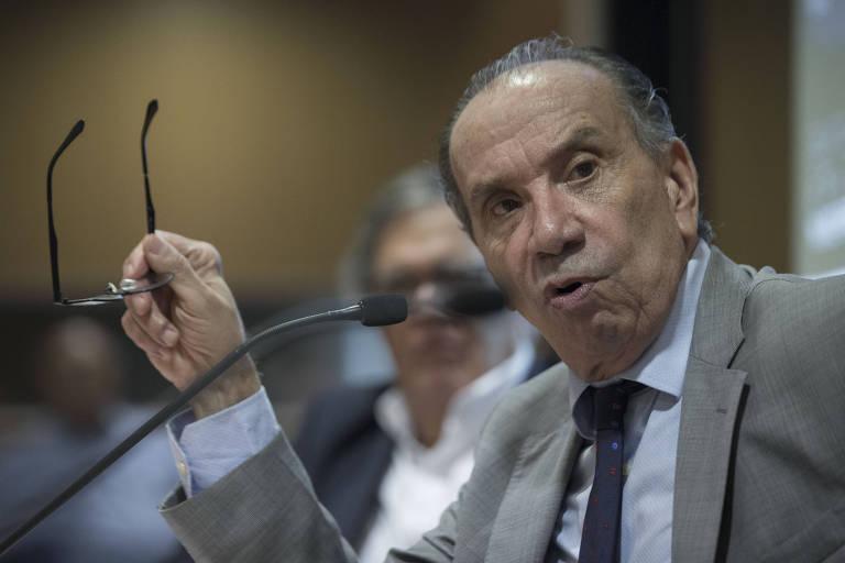 O ex-chanceler Aloysio Nunes durante encontro na Fundação FHC, nesta terça (19)