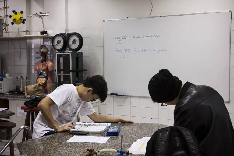 Alunos na Etec/Etesp do Bom Retiro, que teve o melhor resultado no Enem entre as escolas públicas