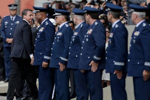 Em meio a cortes, Orçamento destina R$ 4,7 bi de vantagens para militares