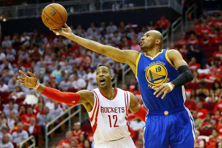 Leandrinho em ação pelo Golden State Warriors, com quem conquistou o título da NBA em 2015