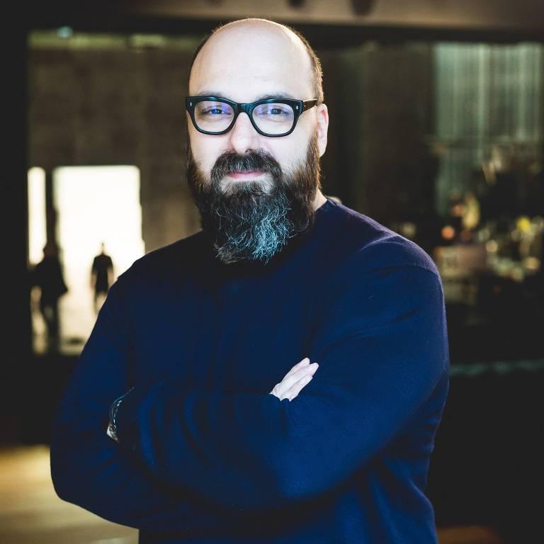 O diretor Felipe Hirsch