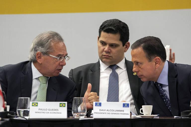 Ministro da Economia, Paulo Guedes, presidente do Senado, Davi Alcolumbre e o governador de São Paulo, João Doria