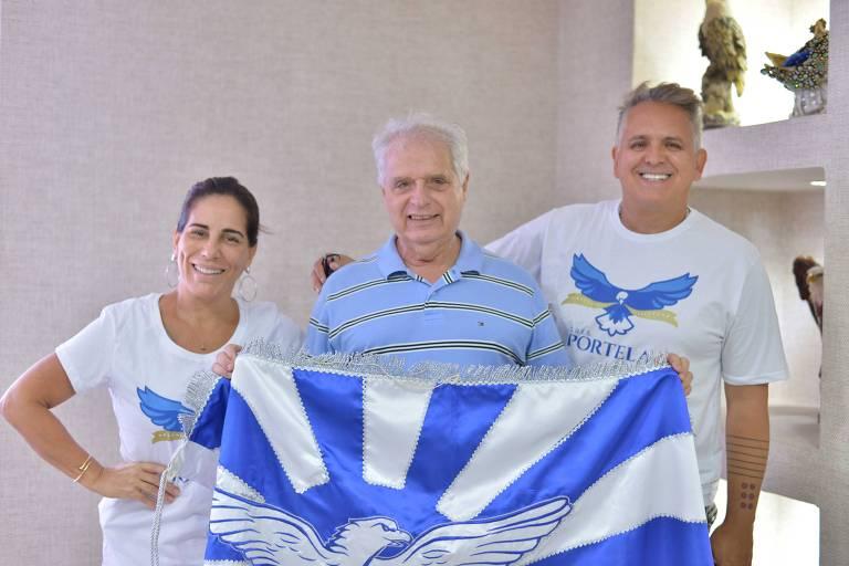 Presidente Luis Carlos Magalhães recebeu Gloria Pires e Orlando Morais no barracão da Portela; a atriz será a mãe de Clara Nunes, cantora homenageada no samba enredo desse ano