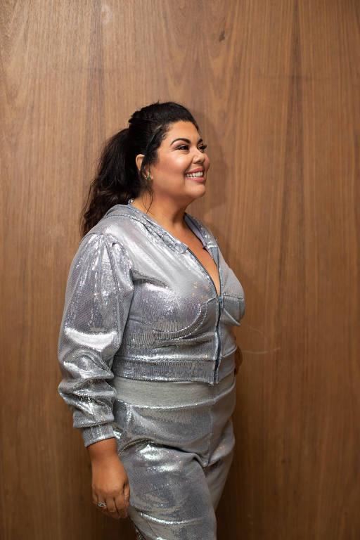 Fabiana Karla - Oficial