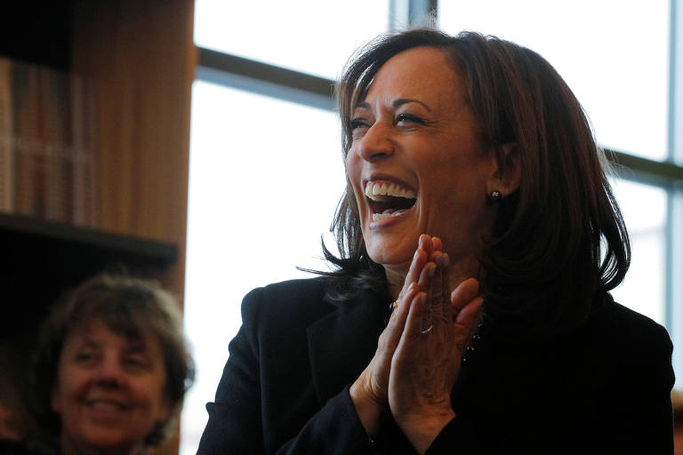 A senadora Kamala Harris durante evento em New Hampshire