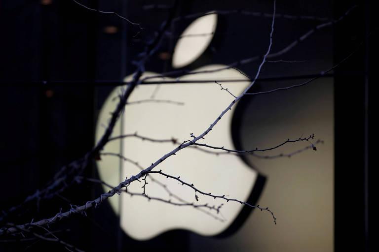 Logo da Apple; revista viu protótipos pintados em preto e prata