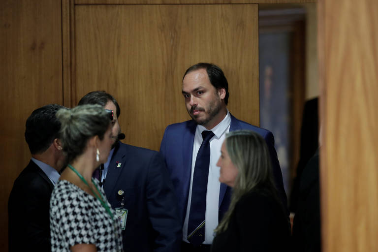 O vereador do Rio Carlos Bolsonaro, filho do presidente da República, em agenda em Brasília