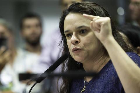 São Paulo (SP), 18/02/2019 - Janaina Paschoal lança candidatura em SP - Deputada Estadual eleita pelo PSL, a advogada Janaina Paschoal lançou, na tarde desta segunda-feira (18), sua candidatura à presidência da ALESP. Evento contou com a presença de outros deputados, membros do PSL e amigos. (Foto: Bruno Rocha/Fotoarena/Agência O Globo) Política ORG XMIT: 1683125