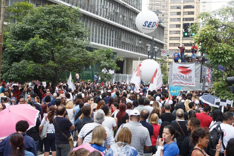 Servidores da Prefeitura de SP, em protesto em fevereiro, contra a reforma da Previdência municipal