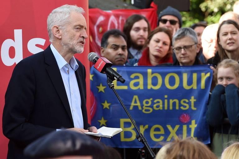 O líder do Partido Trabalhista britânico, Jeremy Corbyn, em evento do partido no último dia 23
