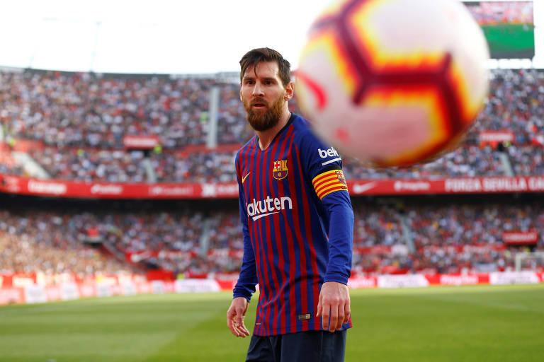 Messi durante a partida contra o Sevilla, pelo Campeonato Espanhol, quando fez três gols