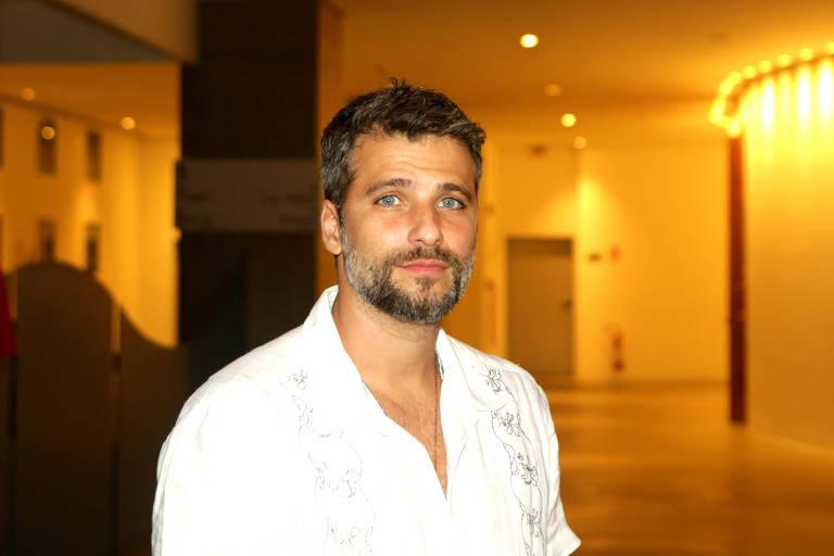 """O ator Bruno Gagliasso durante abertura da exposição """"Sinta na Pele"""", no teatro Prevent Senior."""