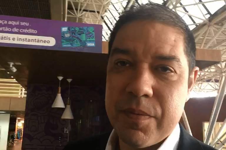 Altineu Côrtes (PR-RJ) marcou presença na Câmara nesta quarta-feira (27) e foi ao aeroporto