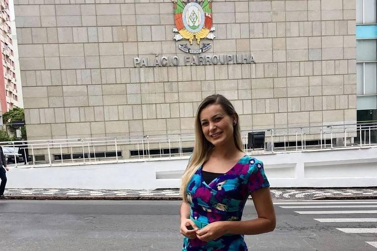 Andressa Urach vira assessora parlamentar no Rio Grande do Sul com salário de quase R$ 8.000