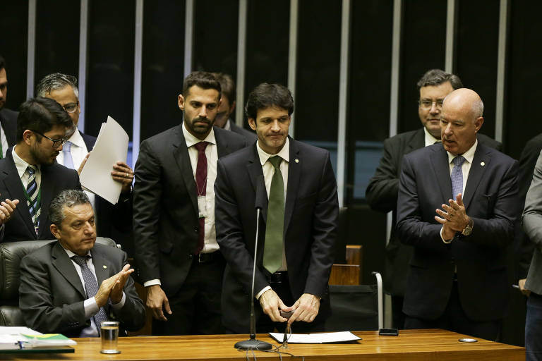 Este é Marcelo Álvaro Antônio