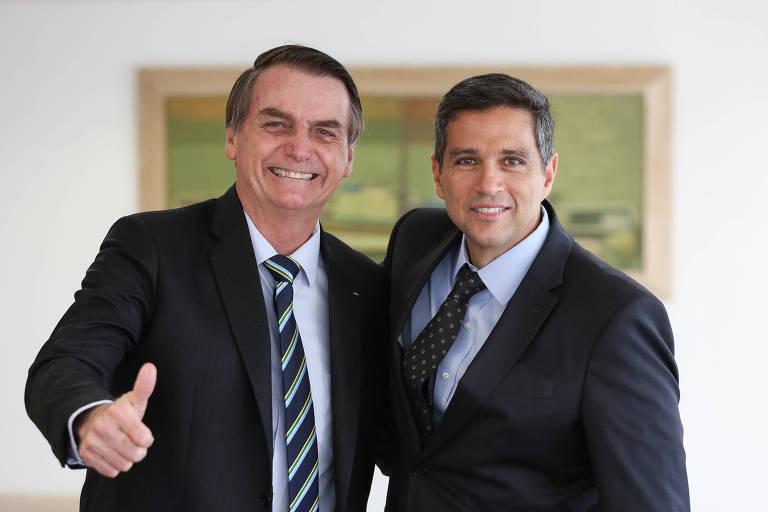 Em cerimônia discreta, Roberto Campos toma posse como presidente do BC - 28/02/2019 - Mercado - Folha