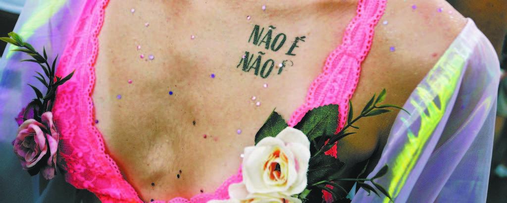 Foliã participa do bloco Baixo Augusta; respeito à mulher e minorias é enaltecido em eventos de 2019