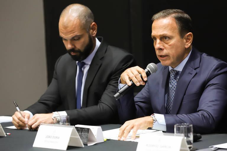 O governador de São Paulo, João Doria, e o prefeito da Cidade de São Paulo, Bruno Covas, assinam protocolo para concessão das marginais